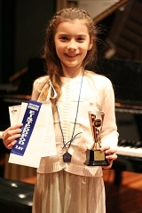 Isobelle - Winner of 4MBS Recording Award